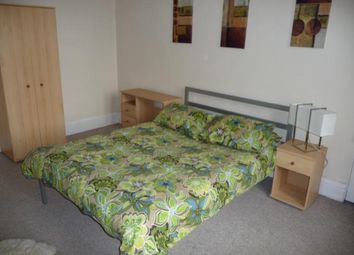 Thumbnail 3 bedroom flat to rent in Cathcart Place Twofone, Edinburgh