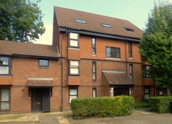 Thumbnail Property to rent in Clowser Close, Sutton