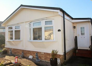 Thumbnail 2 bedroom mobile/park home for sale in Keys Park, Parnwell, Peterborough
