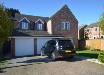 Thumbnail 5 bed detached house for sale in Farrants Way, Hornsea, East Yorkshire