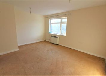Thumbnail 3 bed maisonette to rent in The Green, Southgate