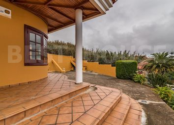 Thumbnail 4 bed chalet for sale in Arucas Casco, Arucas, Spain
