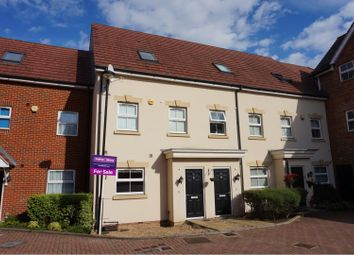 4 bed town house for sale in Benjamin Lane, Slough SL3
