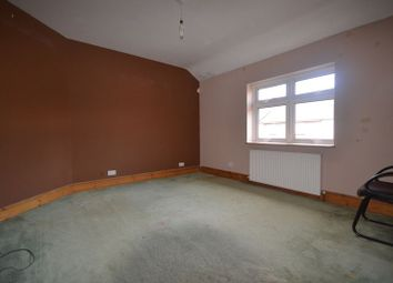 Thumbnail Property to rent in Winns Avenue, London
