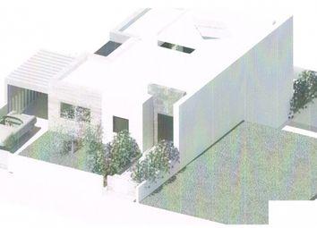 Thumbnail Land for sale in Vale De Pedras, Albufeira E Olhos De Água, Albufeira, Central Algarve, Portugal