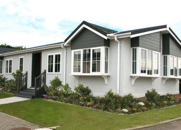 Thumbnail 2 bed mobile/park home for sale in Cambridge Lodge Park, Bonehurst Road, Horley