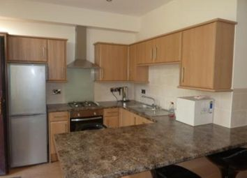 Thumbnail Room to rent in Thornhill Avenue, Oakes, Huddersfield
