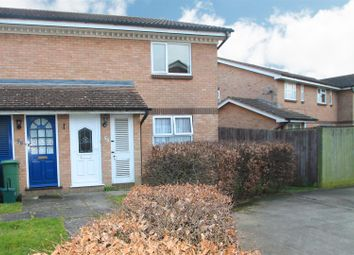 Thumbnail 1 bedroom maisonette to rent in Savernake Road, Aylesbury