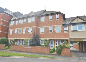 Thumbnail 2 bedroom flat to rent in Grove Close, Slough