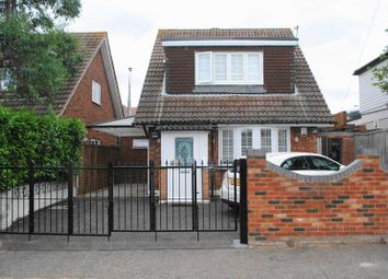 Thumbnail 3 bed detached bungalow to rent in Oakleigh Park Drive, Leigh-On-Sea, Essex