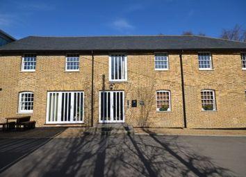 2 bed flat to rent in Bull Lane, Newington, Sittingbourne ME9