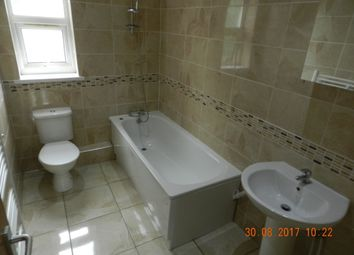 Thumbnail 3 bed flat to rent in 15 Richmond Crescent, Cardiff