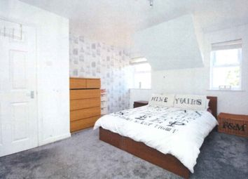 Thumbnail 2 bed flat to rent in Grange Crescent, Dartford