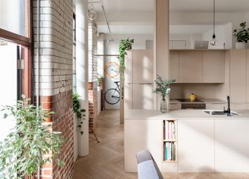 Thumbnail 1 bed flat for sale in City View House, Bethnal Green Road, London