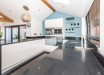 Thumbnail 3 bed town house for sale in Station Road, Bawtry, Doncaster