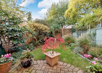 Thumbnail 4 bedroom town house for sale in Temple Road, Kew, Richmond