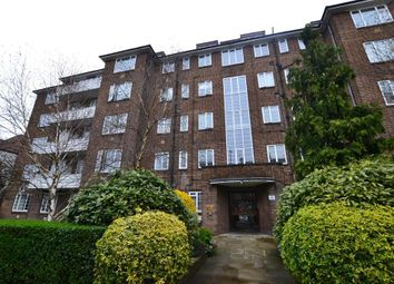 Thumbnail 2 bed flat to rent in Heathway Court, Finchley Road, London