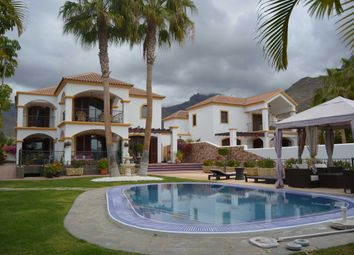Thumbnail 5 bed villa for sale in Villa, Madronal, Spain