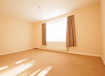 Thumbnail 1 bedroom flat to rent in Bulwer Road, Barnet