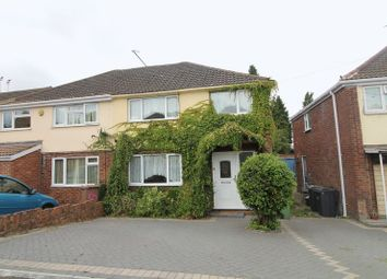 Super Find 3 Bedroom Houses To Rent In Luton Bedfordshire Zoopla Home Interior And Landscaping Pimpapssignezvosmurscom