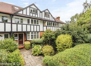 Park Drive, Gunnersbury, Acton, London W3. 3 bed property