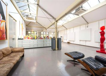 Thumbnail 3 bed flat for sale in Charterhouse Square, London