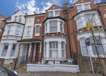 Thumbnail 1 bed flat to rent in Comyn Road, Battersea