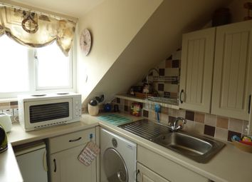 Thumbnail 1 bed flat to rent in Topcliff Road, Shaldon, Teignmouth