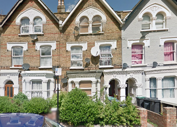 Thumbnail 3 bed flat to rent in Hermitage Rd, London