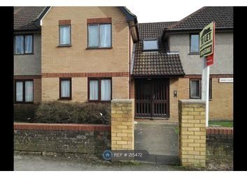 Thumbnail 3 bedroom flat to rent in Bishops Rise, Hatfield