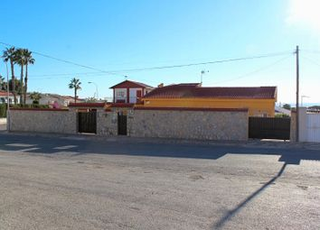Thumbnail 6 bed detached house for sale in Torrevieja, Spain
