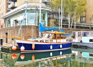 Thumbnail 2 bed houseboat for sale in Limehouse Basin Marina, Limehouse