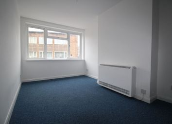 Thumbnail 1 bed flat to rent in Market Parade, Havant