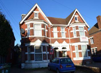 Thumbnail 1 bedroom flat to rent in 8 Landguard Road, Shirley, Southampton