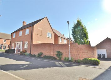 4 bed property for sale in Chamomile Way, Stotfold, Hitchin SG5