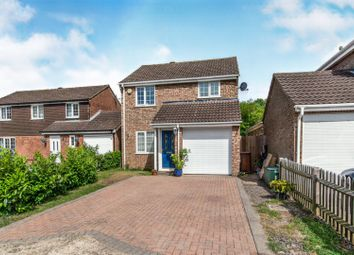 3 bed detached house for sale in Merton Close, Chatham ME5