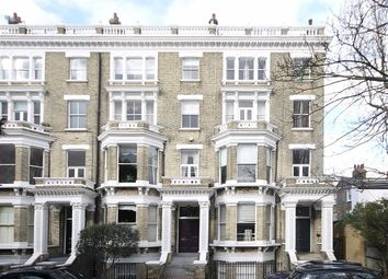 Thumbnail 2 bed flat to rent in Clapham Common North Side, London