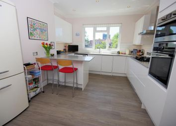 Thumbnail 2 bed flat for sale in Grove Road, North Finchley