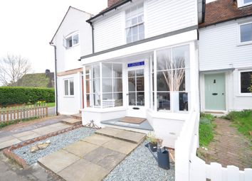 Thumbnail 2 bed cottage to rent in Laddingford, Maidstone