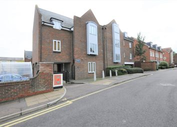 Thumbnail 2 bed flat to rent in Upper King Street, Royston