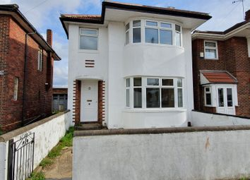 3 bed detached house to rent in Forterie Gardens, Ilford IG3