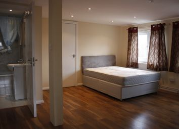 Thumbnail 1 bed town house to rent in Dylways, Herne Hill, London
