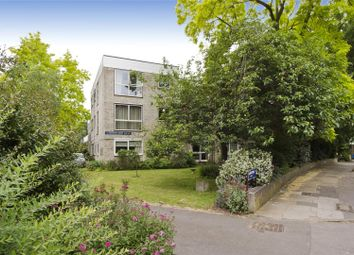 Thumbnail 3 bedroom flat for sale in Kew Gardens Road, Richmond, Surrey
