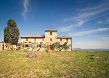 Thumbnail 9 bed farmhouse for sale in Tuscany, Castelnuovo Berardenga, Siena, Tuscany, Italy