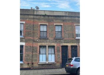 Thumbnail 4 bedroom property for sale in 43 Beck Road, Hackney, London