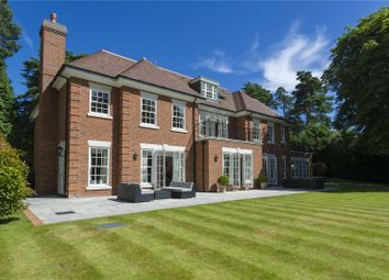 Thumbnail 6 bed detached house for sale in Heathfield Avenue, Sunninghill, Ascot, Berkshire