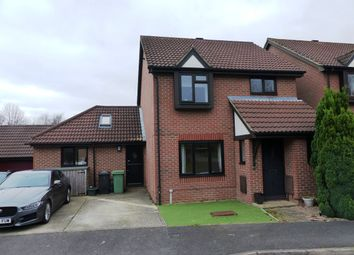 Thumbnail 3 bed detached house for sale in Maplehurst Chase, Basingstoke