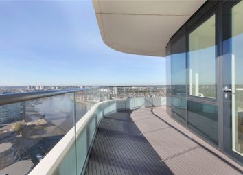 3 bed flat to rent in Lombard Wharf, Lombard Road, Battersea, London SW11