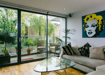 Thumbnail 2 bed flat to rent in Acer Road, Hackney