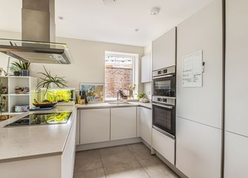 1 bed flat for sale in Latimer Square, London SE10